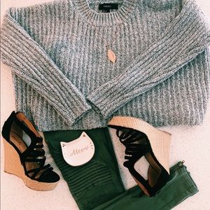 Forever 21 grey cable knit cropped sweater